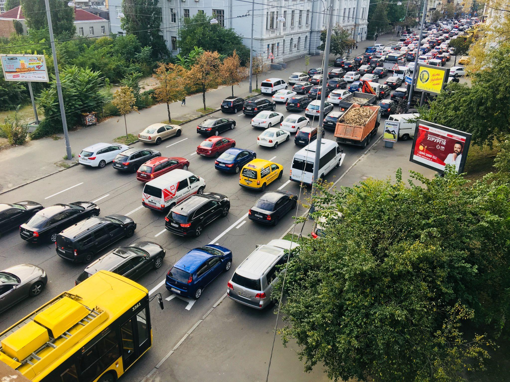 Затор на вулиці Саксаганського, Київ